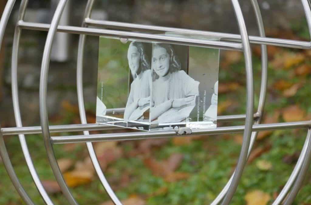 Einweihung des Anne-Frank-Baums in Uedelhoven